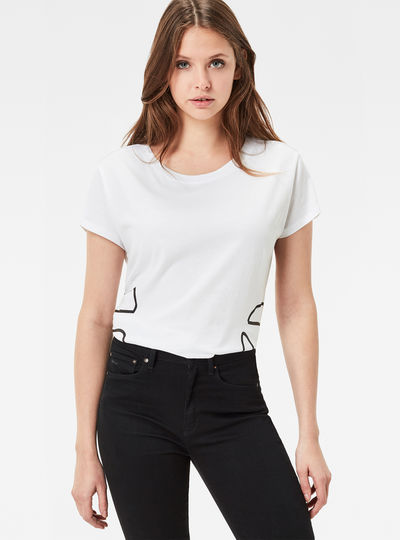 Yaeros Straight T-Shirt